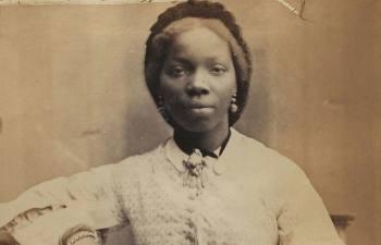 Как девочка из Африки сделалась крестницей английской королевы и разменной картой в политической игре