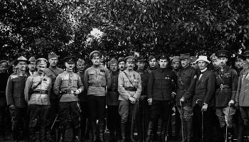 Что сделалось с белогвардейцами перебежавшими в Красную армию: Штабс-капитан Толбухин, прапорщик Баграмян и др