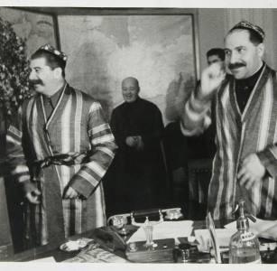 Отчего Каганович, заваливший военные распоряжения Сталина, не подвергся репрессиям